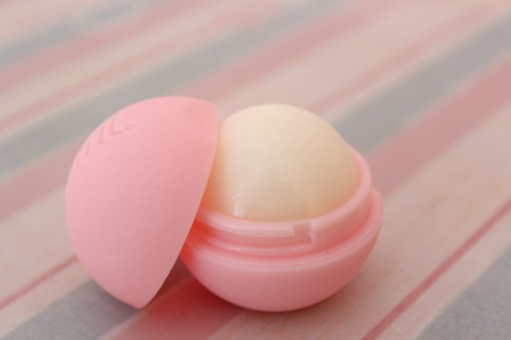 Lifestyle Blog: Balmi Strawberry Lip Balm