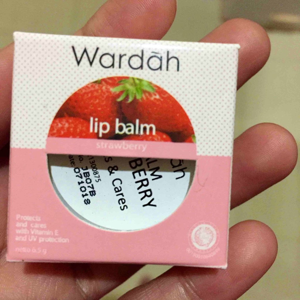 Jual Beli Wardah Lip Balm Strawberry Online Terlengkap